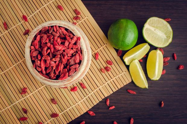 website image goji and limes